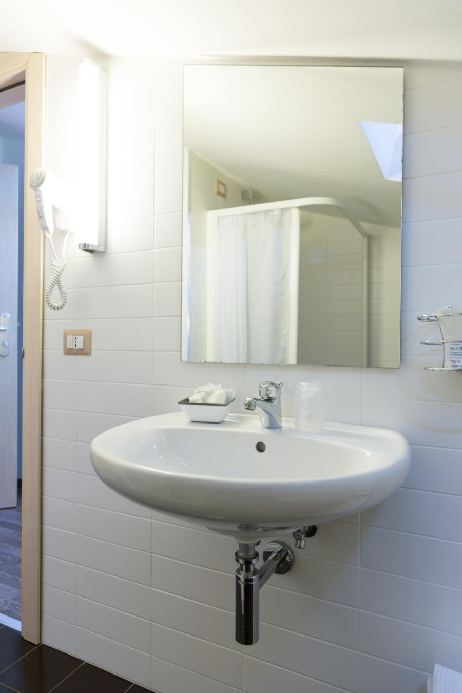 Miramare Hotel Matrimoniale Doppia Camera Economy 23 Bagno